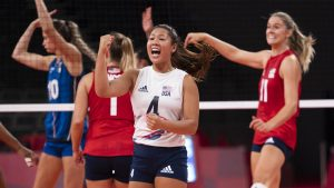 Banged-up US women's volleyball team heads to quarters; Larson confident in roster's depth